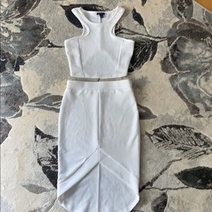 Matching two piece pencil skirt & top. In white